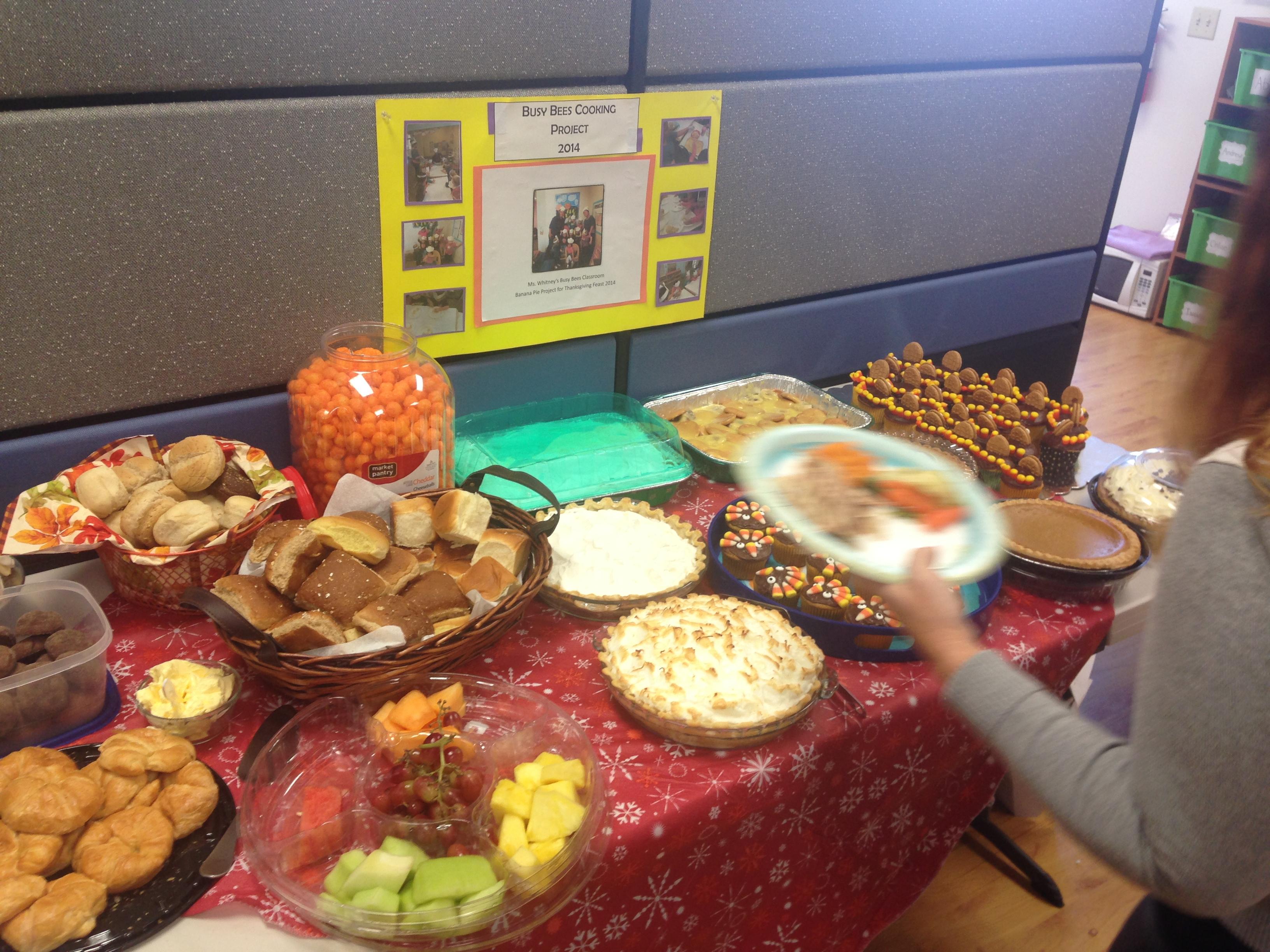 Sterling Montessori's Thanksgiving food